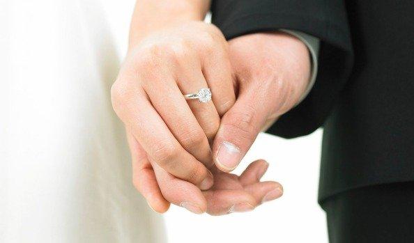 DHLaw chuyên tư vấn thủ tục Đăng ký kết hôn có yếu tố nước ngoài.