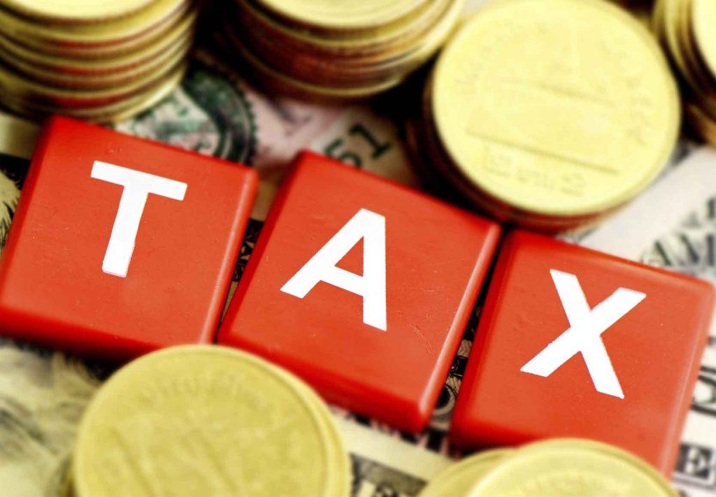Tặng - cho nhà đất có phải đóng thuế không?