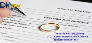 Đơn phương ly hôn giấy tờ có cần công chứng không