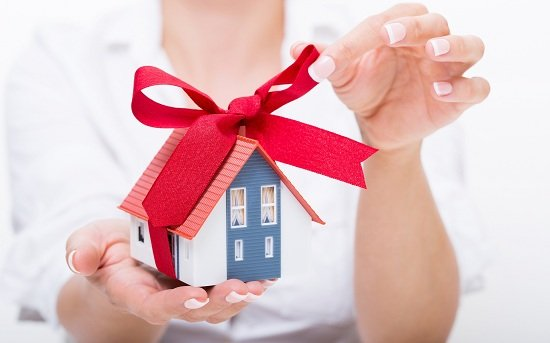 Tư vấn thủ tục công chứng hợp đồng cho tặng nhà đất