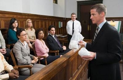Luật sư đại diện tranh tụng vụ án kinh doanh - thương mại