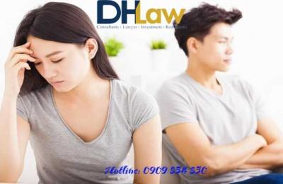 Vợ đòi ly hôn chỉ vì tôi muốn cô ấy làm việc nhà