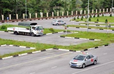 TP.HCM tạm ngừng thi giấy phép lái xe ngừa Covid-19