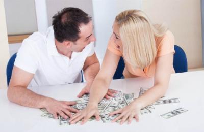 Ly hôn hết nhiêu tiền?