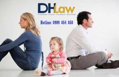 Phát hiện không phải con mình có ly hôn được không?