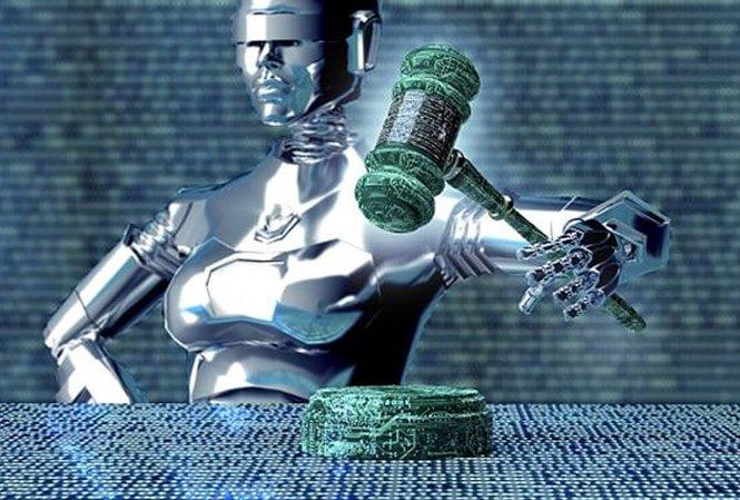 luật sư người máy đầu tiên trên thế giới