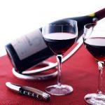 Cấm bán rượu có nồng độ cồn từ 15 độ trở lên qua mạng Internet