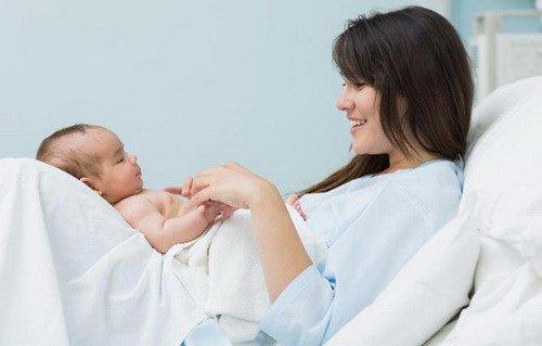 Đơn giản hóa hồ sơ hưởng chế độ thai sản