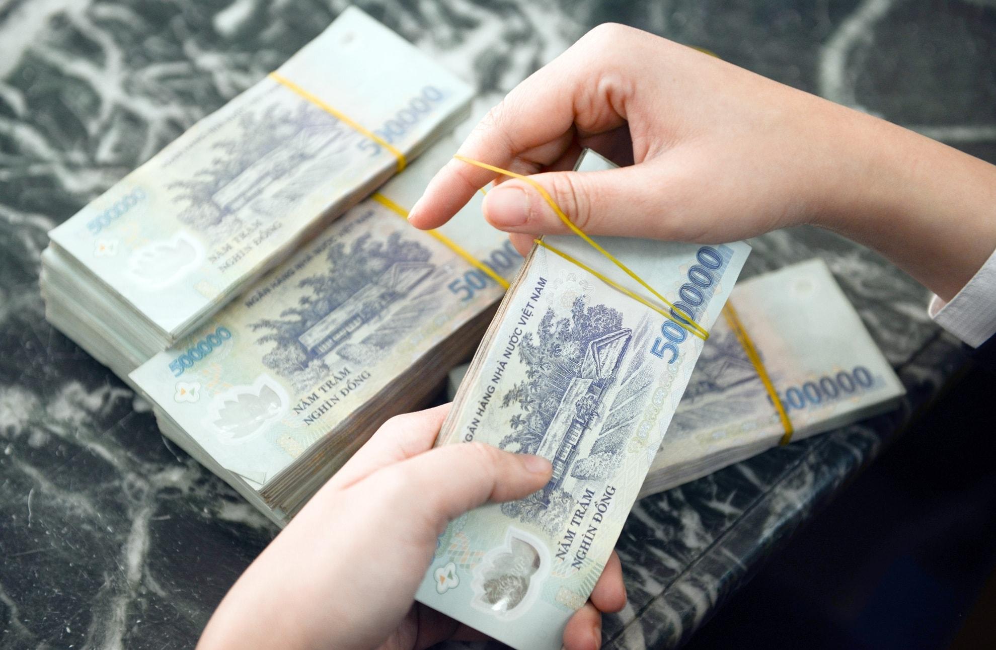 DHLaw tư vấn vay vốn ngân hàng không cần thế chấp tài sản