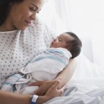 Hướng dẫn cấp giấy tờ hưởng chế độ thai sản cho lao động nữ