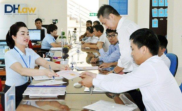 Chuyển giao một số dịch vụ hành chính công sang cho Doanh nghiệp