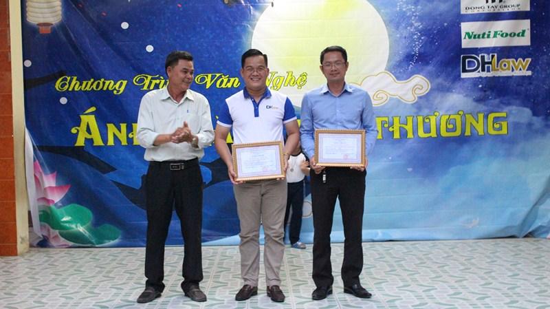 Ánh Trăng Yêu Thương: Hoạt động tài trợ trung thu 2019 của DHLaw